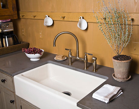 vinegar-kitchen-sinks